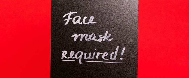 Sign Requiring Face Masks